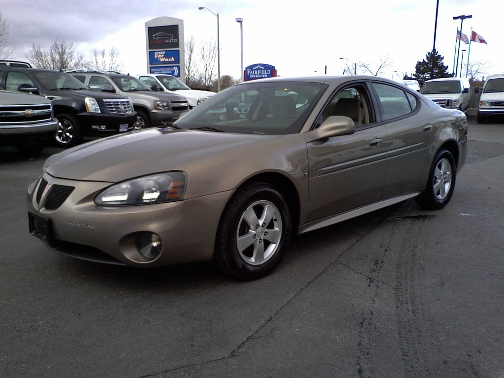 Aaron auto used dealership in belleville on k8p 3c8 for Goldie s motors inventory