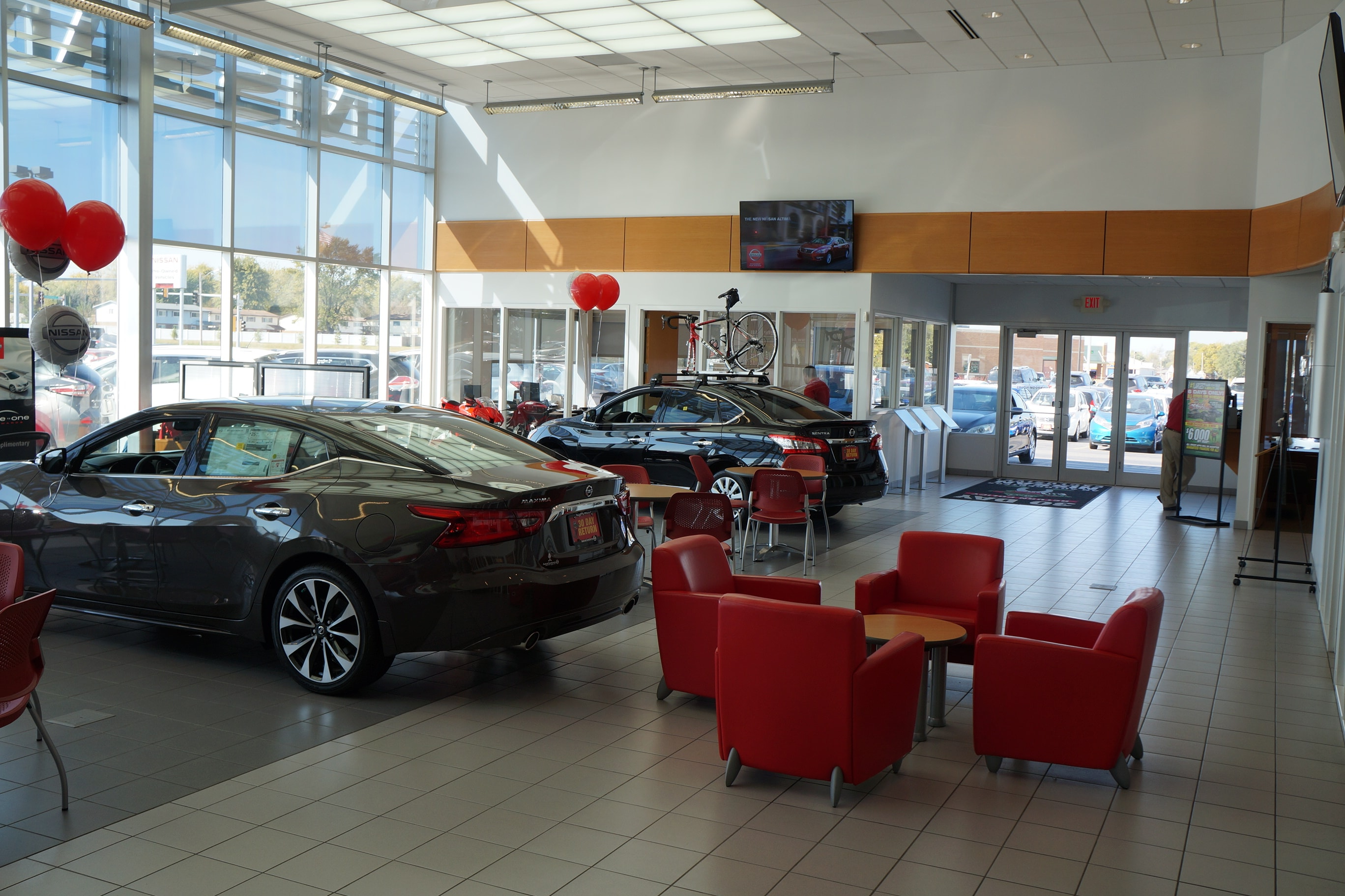 AutoCenters Showroom - Nissan Dealership Serving Collinsville, IL