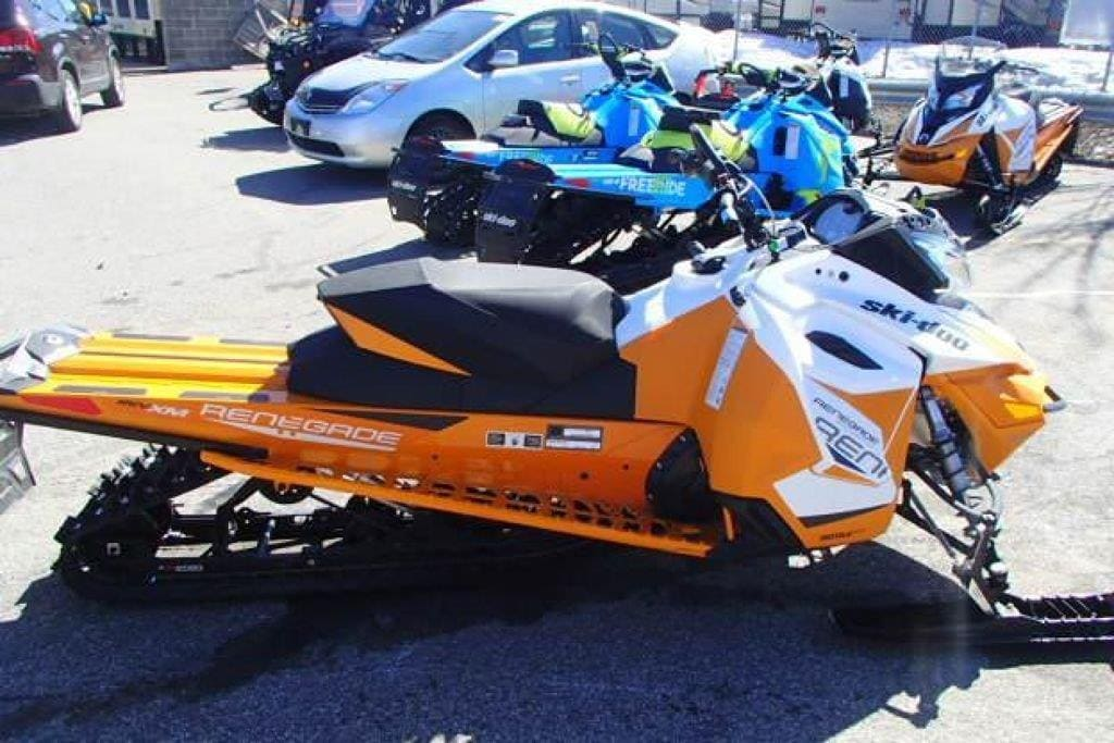 2017 SKI-DOO SOLD Renegade Backcountry 600