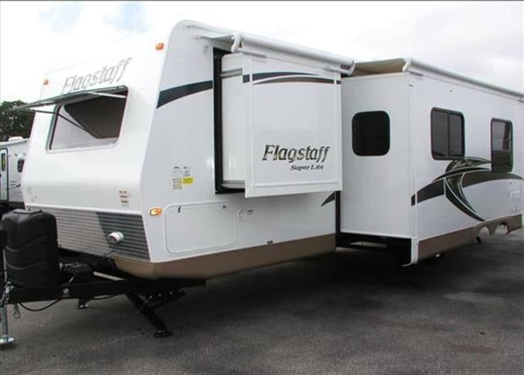 2015 Flagstaff by Forest River 27BEWS -