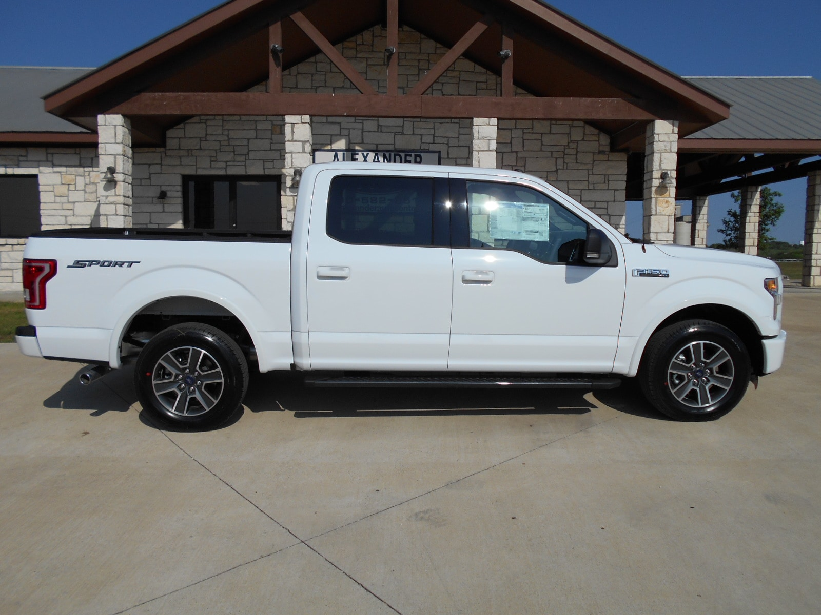 new 2016 ford f 150 truck supercrew cab oxford white in kenedy tx 1ftew1cf0gke12878 for sale. Black Bedroom Furniture Sets. Home Design Ideas