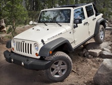 2012 Jeep Wrangler Unlimited Rubicon Rock Climbing