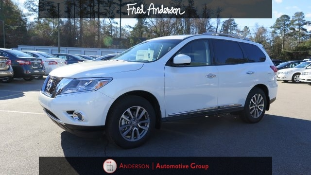 New 2015 Nissan Pathfinder, $38500