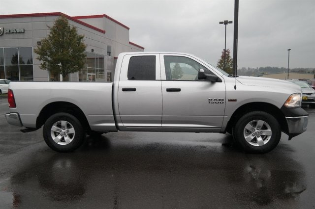 new 2017 ram 1500 tradesman express for sale auburn wa vin 1c6rr7ft3hs565860. Black Bedroom Furniture Sets. Home Design Ideas