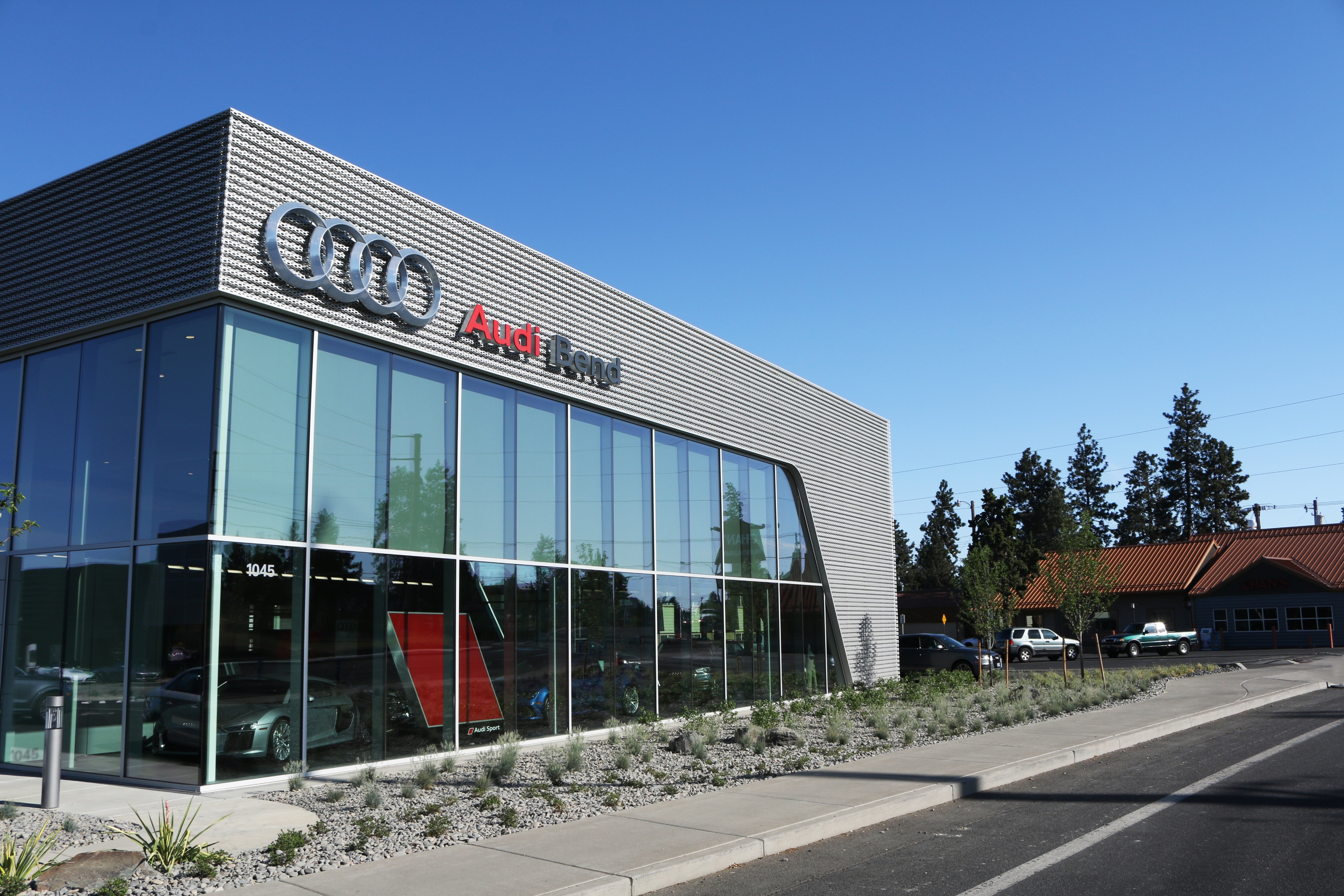 chicago awards best sedan the dealership luxury money newsroom s images releases named for report u car world by small audi news