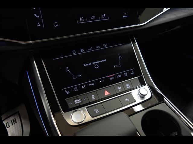 New 2019 Audi Q8 3.0T Premium