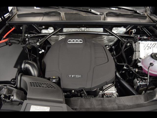 New 2019 Audi Q5 2.0T Premium