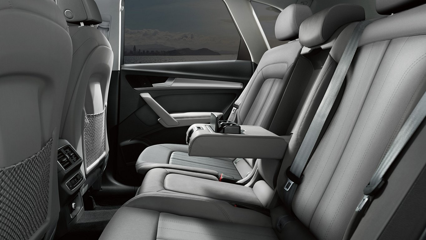 2018-Audi-Q5-mlp-interior-rear-carousel-leather-seats