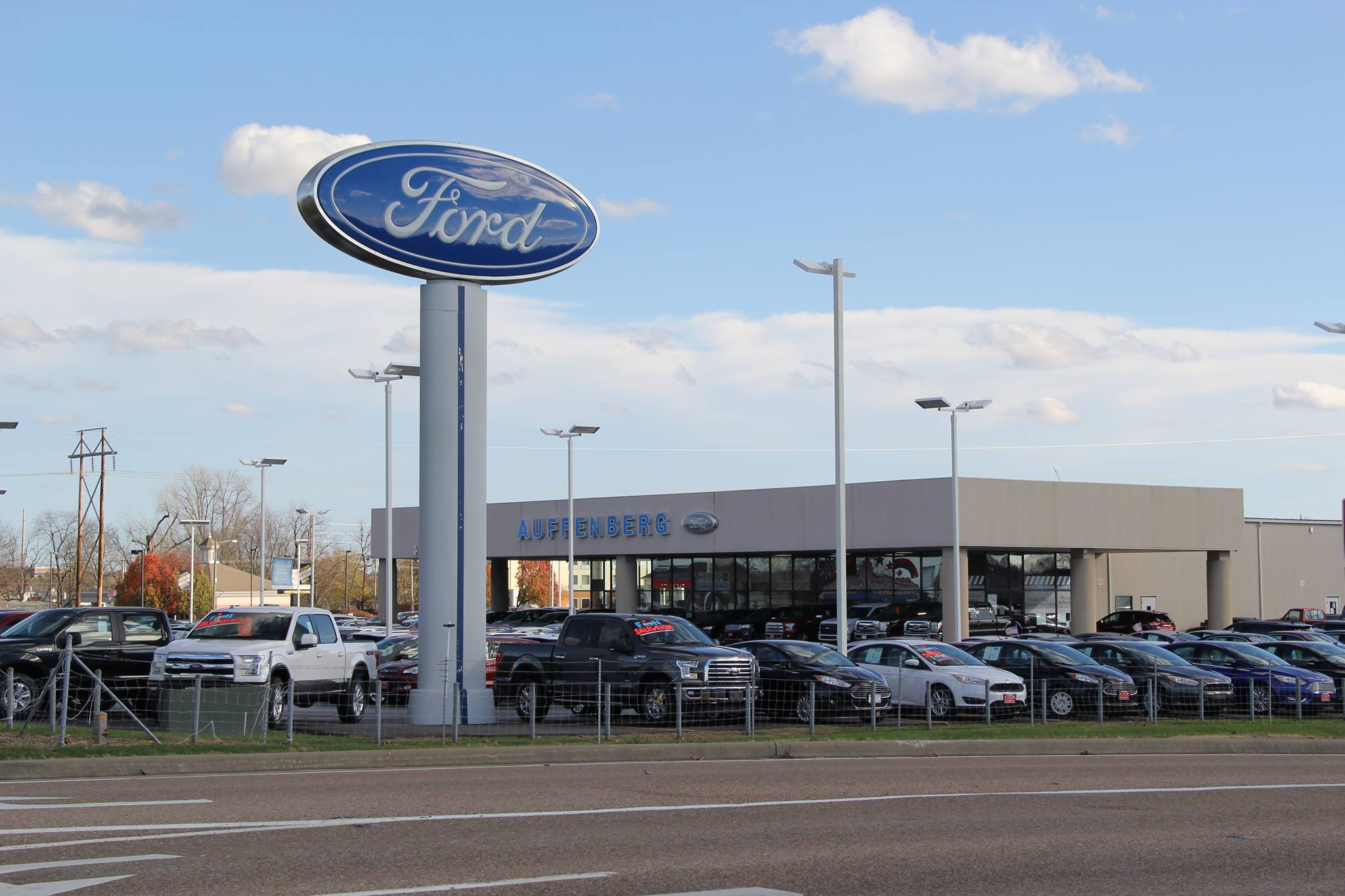 Shopping for New Cars in Granite City? Stop by the Auffenberg Ford North Showroom! & Directions from Granite City | Auffenberg Ford Ou0027Fallon markmcfarlin.com