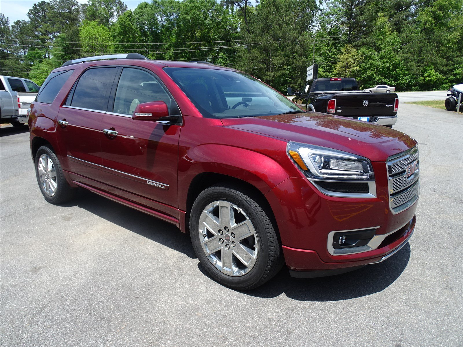 2015 GMC Acadia Denali  Trailer Hitch 2-Position Memory For Drivers Seat Adjuster Mobile Wi-Fi