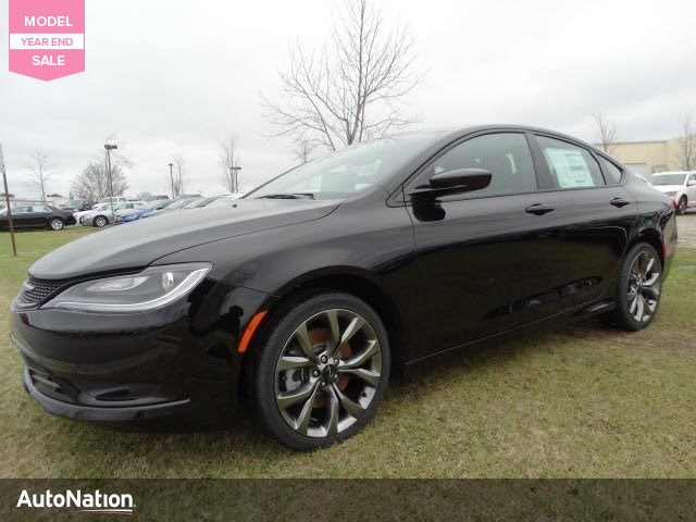 2016 Chrysler 200 S 4dr Car