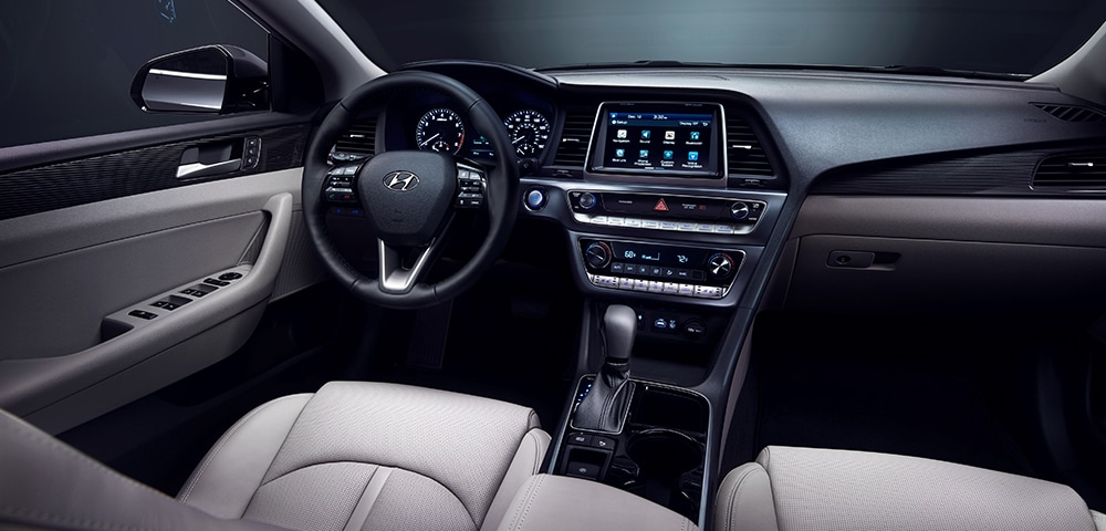 Interior photo 2018 Hyundai Sonata