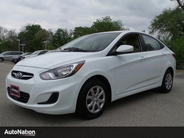 2012 Hyundai Accent GLS 4dr Car