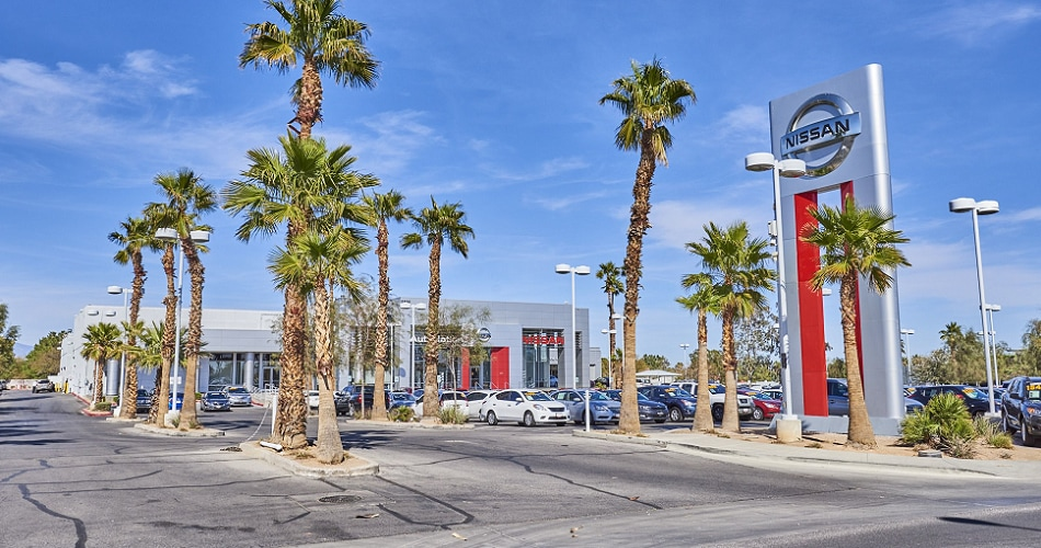 Exterior view of AutoNation Nissan Las Vegas Serving Paradise