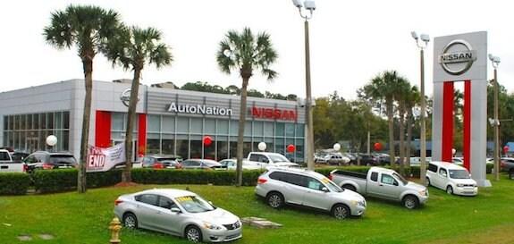 Exterior of AutoNation Nissan Orange Park Dealership