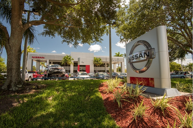 Exterior of AutoNation Nissan Pembroke Pines Dealership