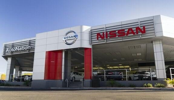 Exterior of AutoNation Nissan Tempe Dealership