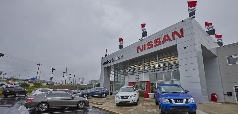 Exterior view of AutoNation Nissan Serving Smyrna