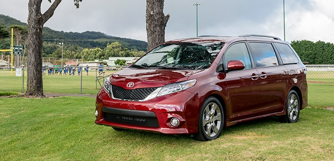 2017 Toyota Sienna For Sale In Irvine | AutoNation Toyota ...