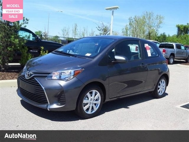 2016 Toyota Yaris 3-Door LE Hatchback