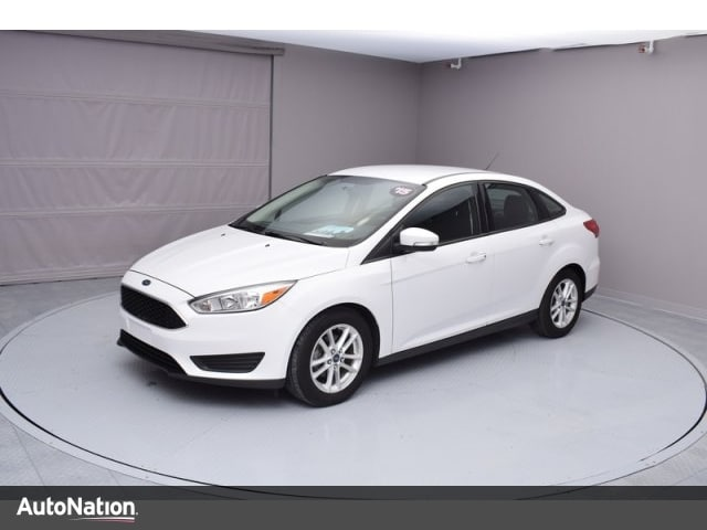 2015 Ford Focus SE 4dr Car