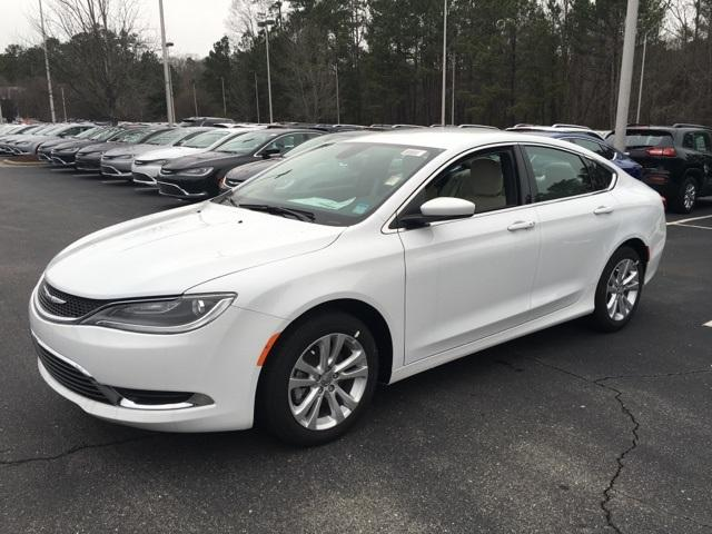 2016 Chrysler 200 4dr Sdn Limited FWD Car