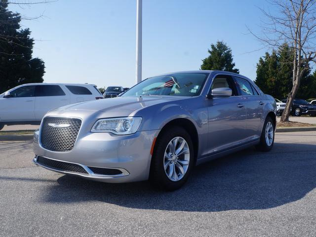 2015 Chrysler 300 4dr Sdn Limited RWD Car