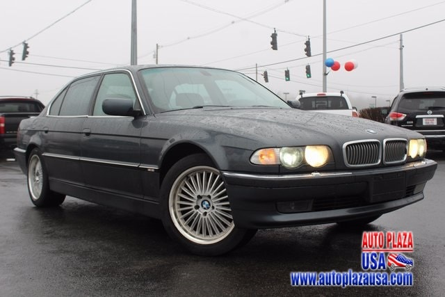 2000 BMW 7 Series 740iL Sedan