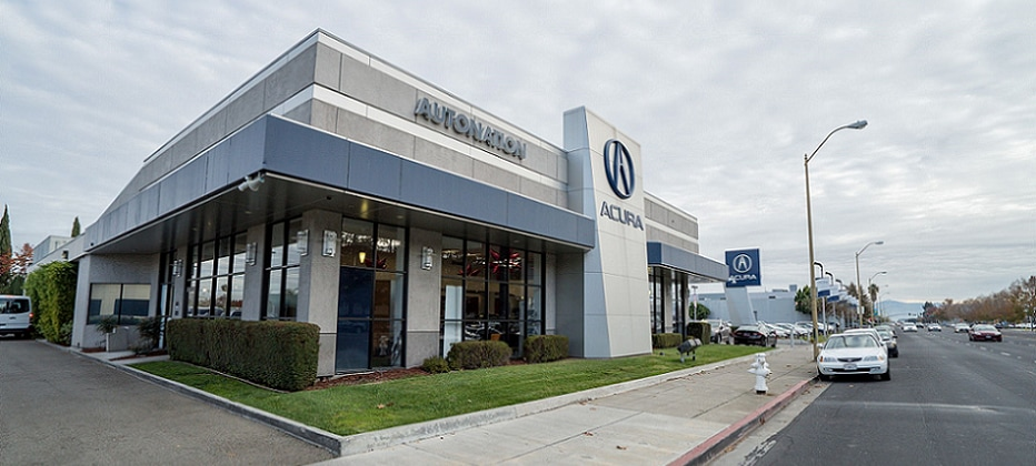 Exterior view of AutoNation Acura Stevens Creek Serving Mountain View