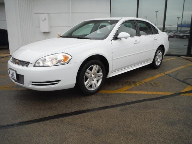 2014 Chevrolet Impala Limited 4dr Sdn LT Fleet A big Bang for your BUCK right here You will sav
