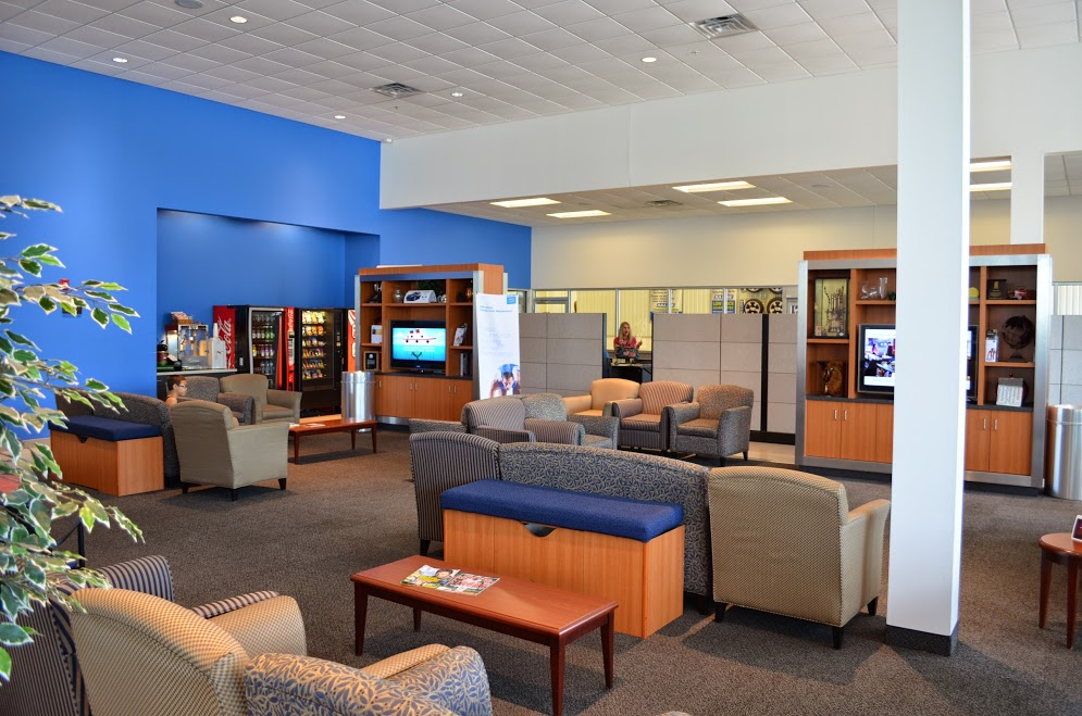 the waiting area at Balise Honda West Springfield Service Center