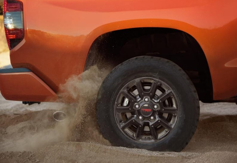 spining Toyota tires