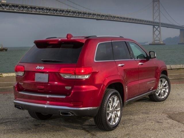 Dodge jeep ram chrysler dealer serving portage wi for Baraboo motors used cars