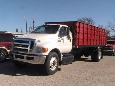 2011 Ford F-750SD Cab/Chassis