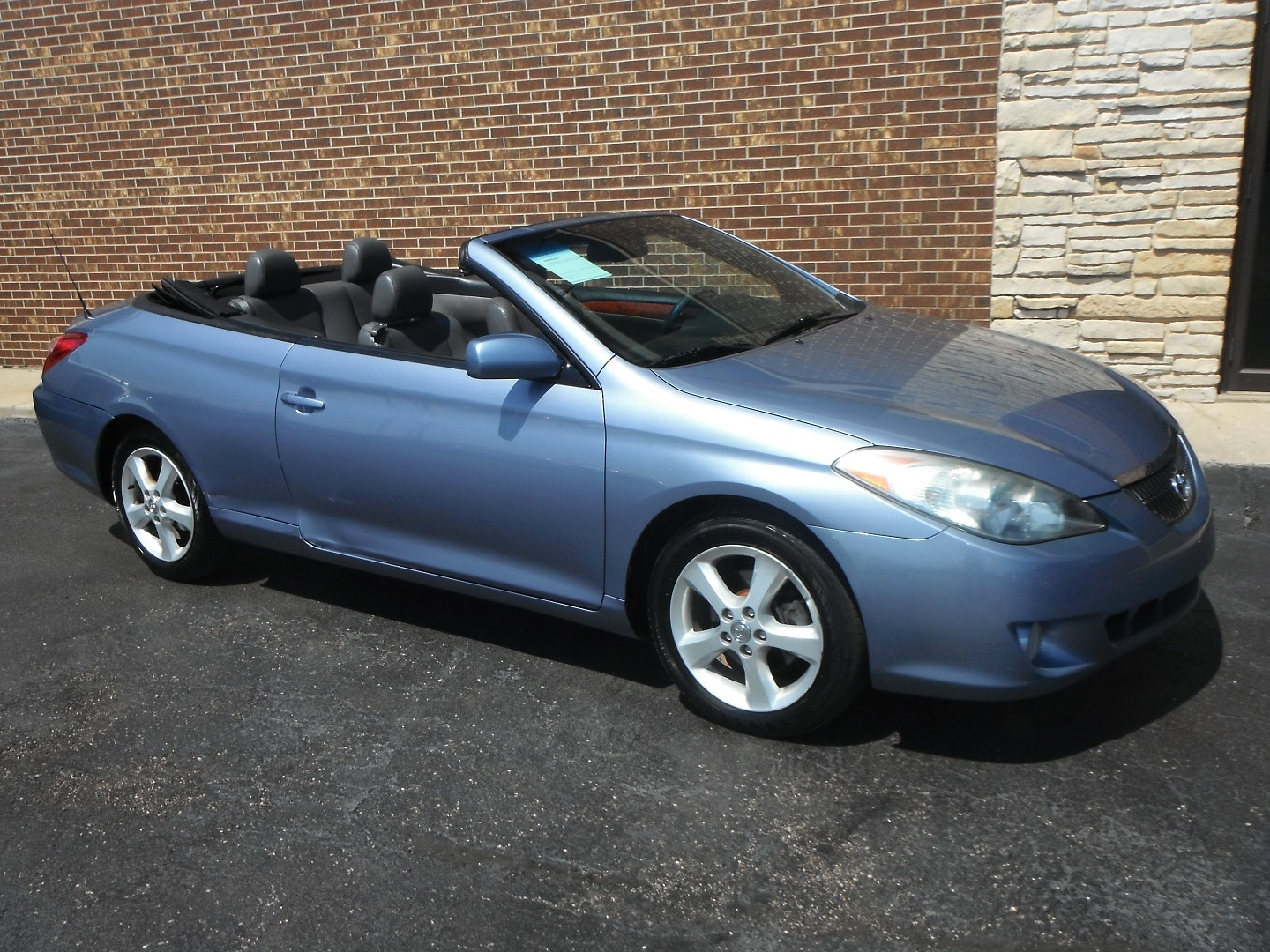 used 2006 toyota camry solara sle v6 in woodstock il. Black Bedroom Furniture Sets. Home Design Ideas