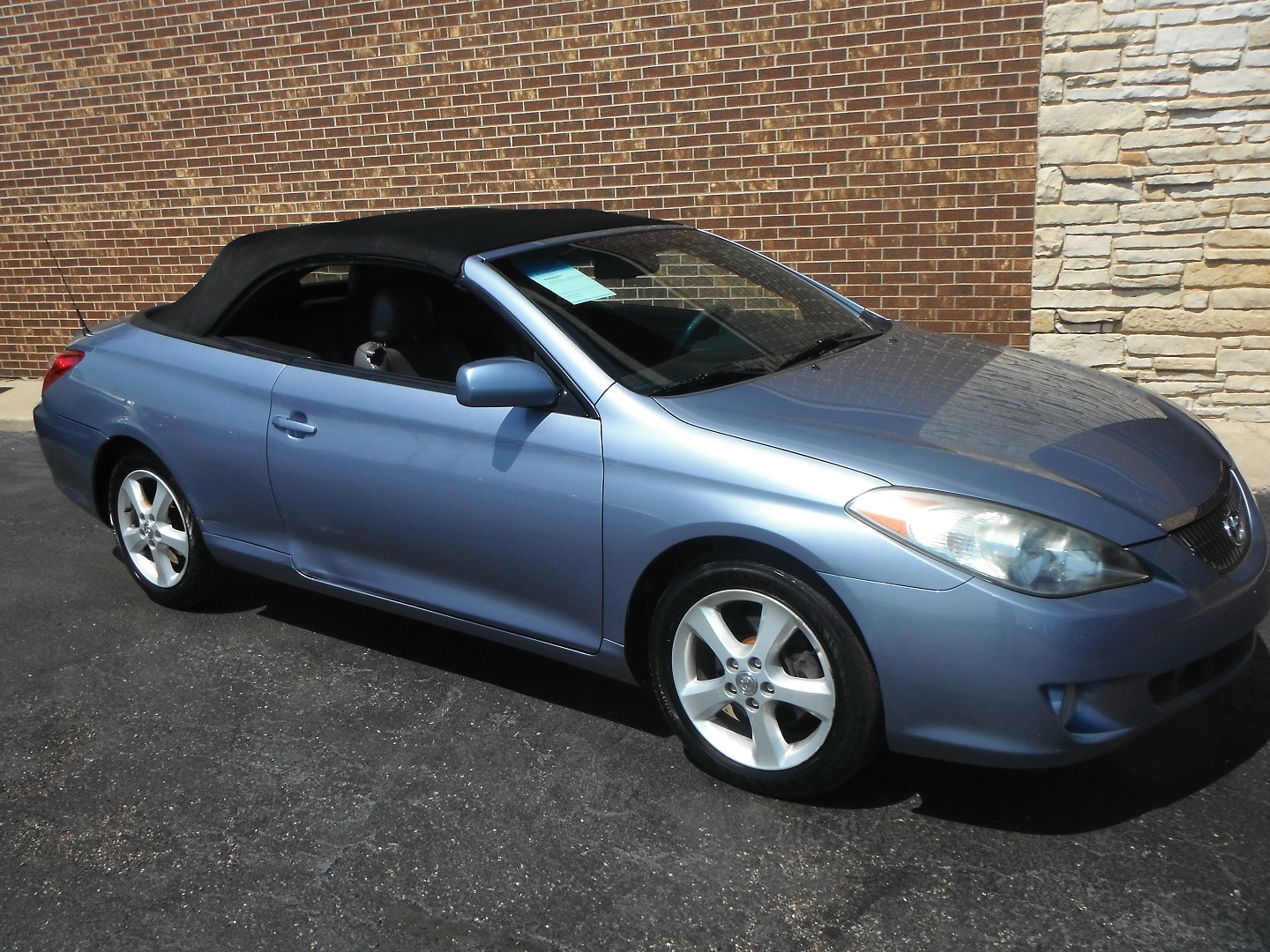 used 2006 toyota camry solara sle v6 for sale woodstock il. Black Bedroom Furniture Sets. Home Design Ideas