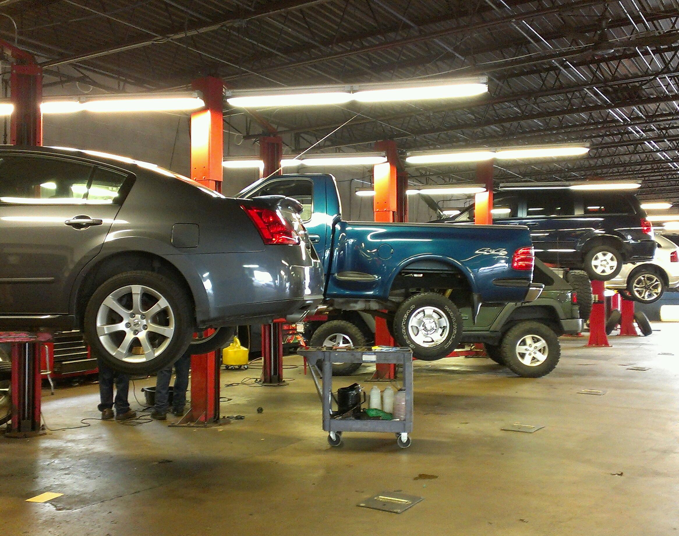 Car Dealerships Springfield Ma >> Greater Springfield MA Chrysler, Dodge, Jeep and RAM Auto Repair | Bertera Chrysler Jeep Dodge ...