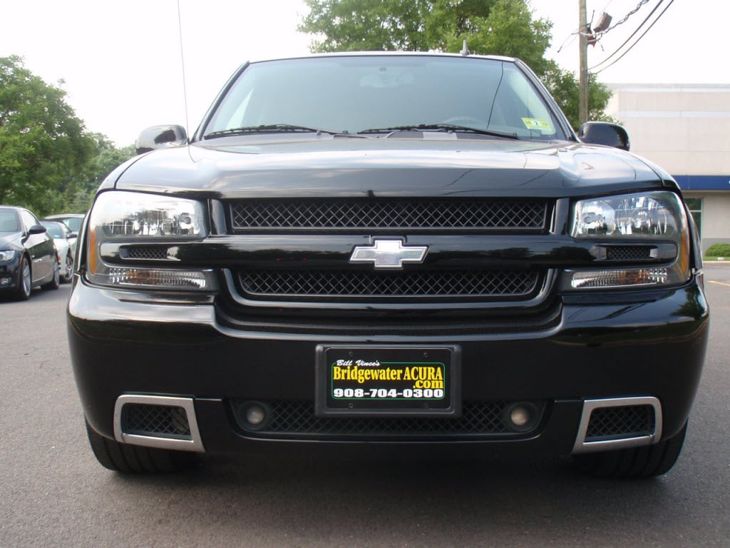 used chevrolet trailblazer ss for sale local chevy. Black Bedroom Furniture Sets. Home Design Ideas