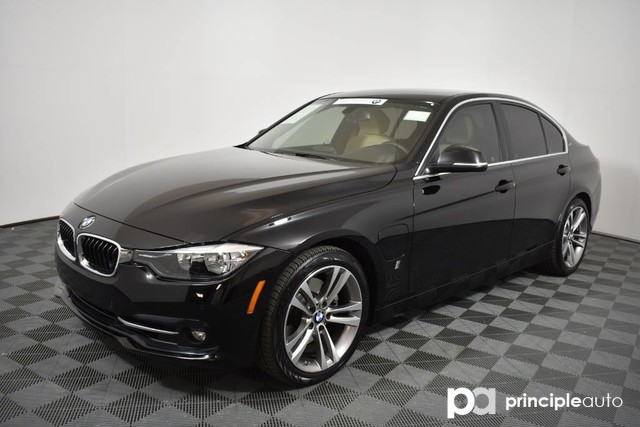 Certified Pre-Owned 2017 BMW 330e 330e iPerformance w/ Driving Assist