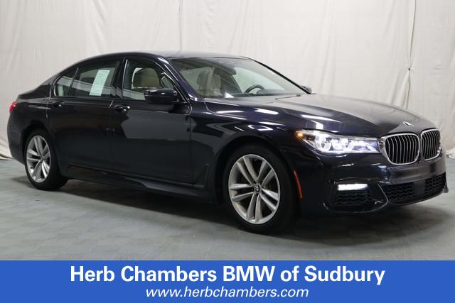 Pre-Owned 2016 BMW 750i xDrive M-Sport AWD
