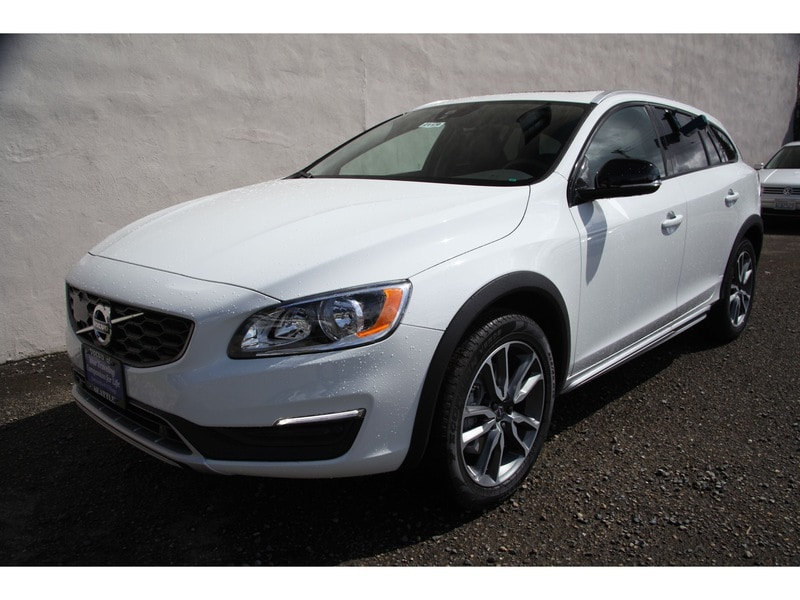 New 2017 Volvo V60 Cross Country T5 AWD Wagon Seattle WA