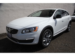 New 2017 Volvo V60 Cross Country T5 AWD Wagon H1037035 in Seattle, WA