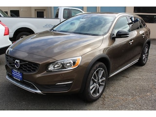 New 2017 Volvo V60 Cross Country T5 AWD Wagon H1037636 in Seattle, WA