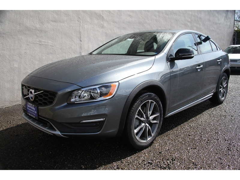 New 2017 Volvo S60 Cross Country T5 AWD Sedan Seattle WA