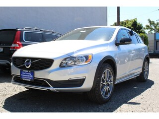 New 2018 Volvo V60 Cross Country T5 AWD Wagon J2042766 in Seattle, WA