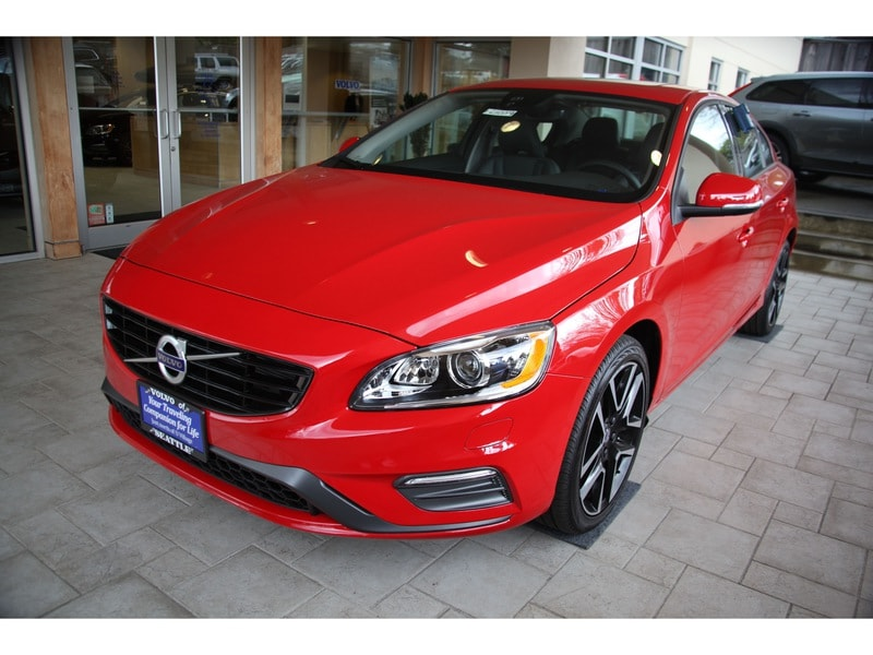 New 2017 Volvo S60 T5 FWD Dynamic Sedan Seattle WA