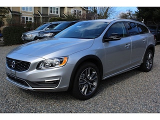 New 2017 Volvo V60 Cross Country T5 AWD Wagon H1037025 in Seattle, WA