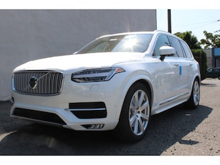 New 2018 Volvo XC90 T6 AWD Inscription SUV J1206326 in Seattle, WA