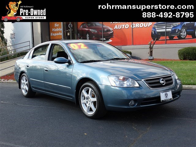 2002 Nissan Altima 35 SE This 2002 Nissan Altima SE looks great with a clean interior and exterior