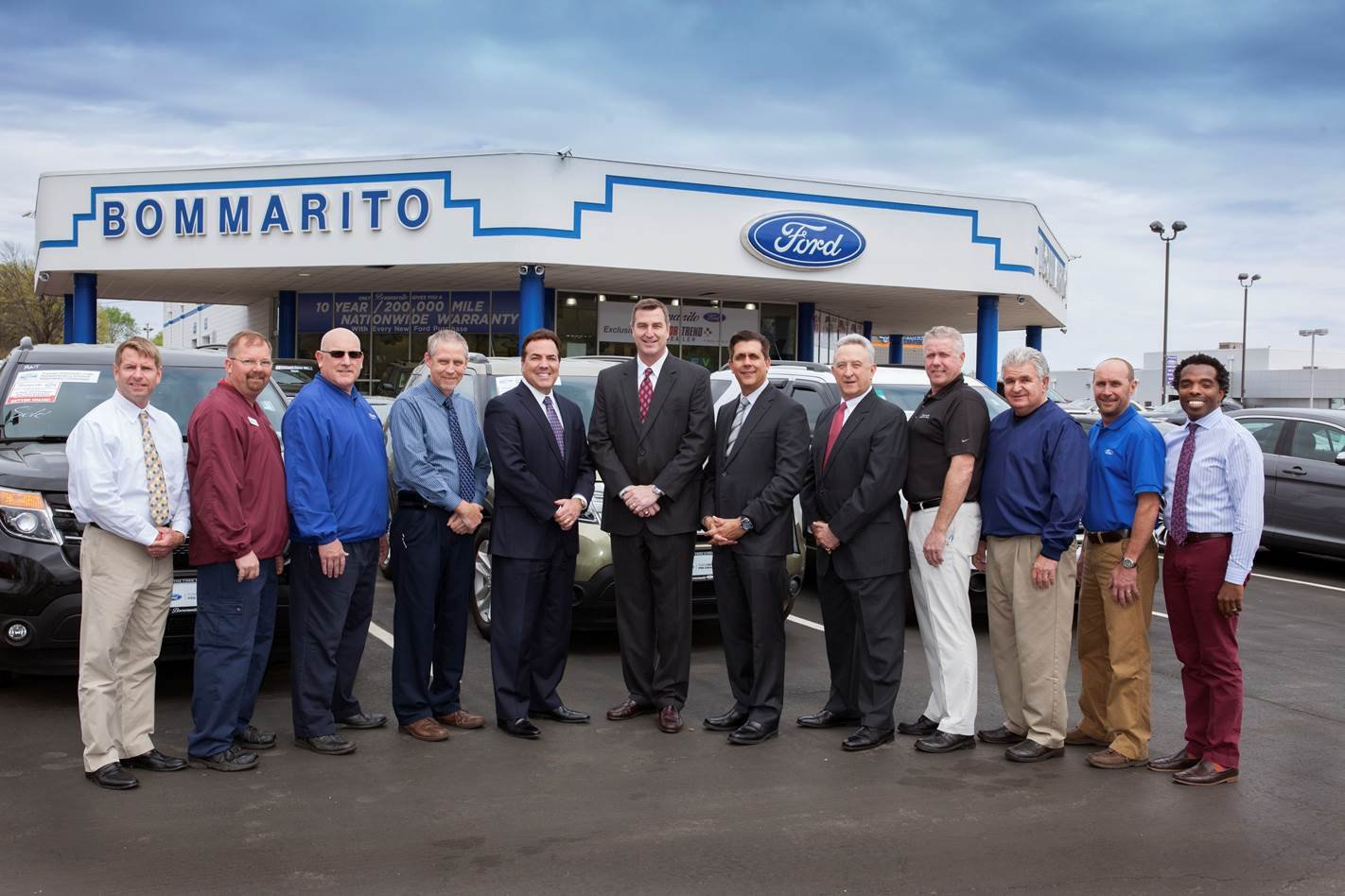 Bommarito Ford dealership staff group photo.